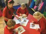 Describing pictures from the story 'Babi Newydd Mr Arth'.